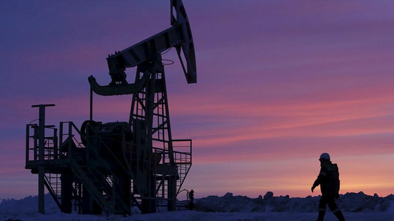 Russische Erdöl-Förderung stellt neuen post-sowjetischen Rekord auf