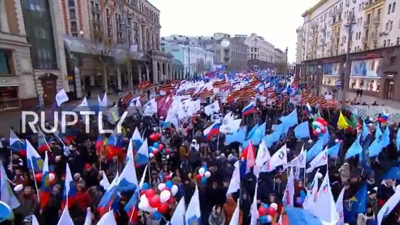 """Live: Russland feiert den """"Tag der Einheit des Volkes"""""""