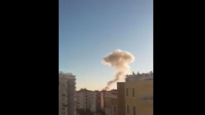 Türkei: Festnahmen von pro-kurdischen Spitzenpolitikern folgt Autobombenanschlag in Diyarbakir