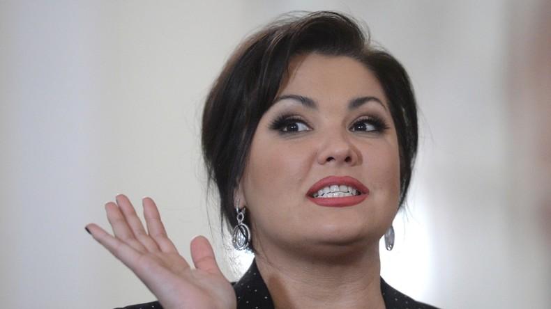"""Russische Operndiva Anna Netrebko entwirft Porzellantafelgeschirr """"Aida"""""""