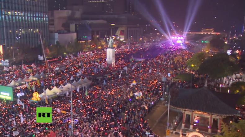 Südkorea: Massiver Protest - Zehntausende Demonstranten fordern Rücktritt der Präsidentin