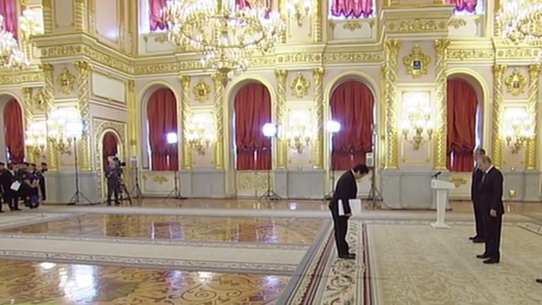 Live: Putin begrüßt neue Botschafter aus 19 verschiedenen Nationen in Russland