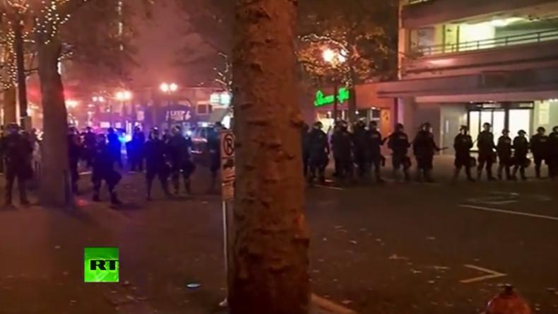Live: Ausschreitungen bei Anti-Trump-Protest in Portland