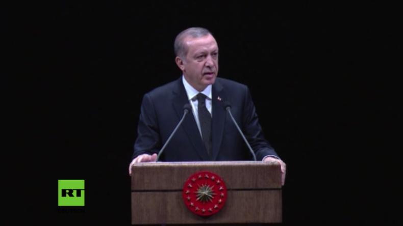 """Erdogan spricht sich für Grenzausweitung aus: """"Wir sind Gefangene auf 780.000 Quadratkilometern"""""""