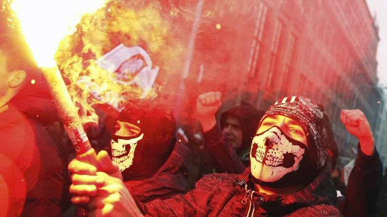 Polen: Zehntausende Nationalisten begehen Unabhängigkeitstag [VIDEO]
