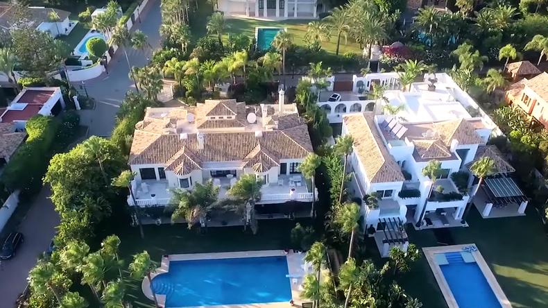 Ukrainische Medien entdecken undeklarierte Villa von Poroschenko in Spanien