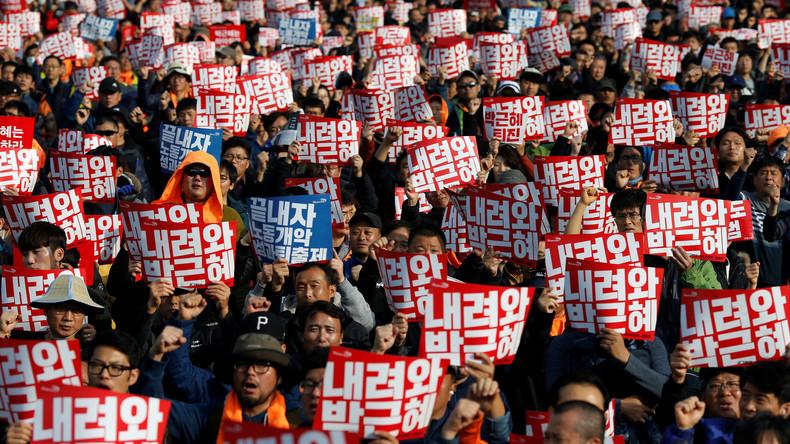 Südkorea: Hunderttausende Menschen protestieren in Seoul gegen die Staatsführung