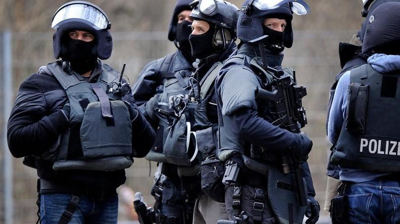Anti-Terror-Razzien in zehn Bundesländern: 200 Wohnungen und Büros durchsucht