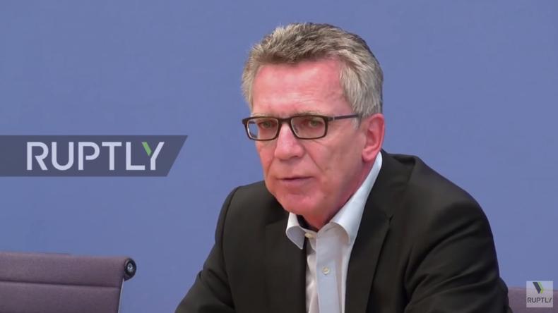 Live: Thomas de Maiziere gibt Pressekonferenz nach Großrazzia gegen Salafisten und Islamisten