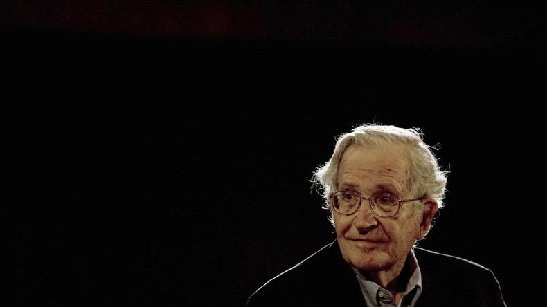 """""""Arbeiter jahrzehntelang ignoriert"""" – Noam Chomsky zum Wahlsieg von Trump"""