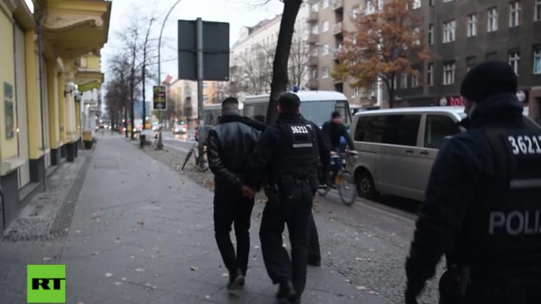 """Großrazzia gegen Salafisten nach Verbot von """"Die wahre Religion"""" auch in Berlin"""