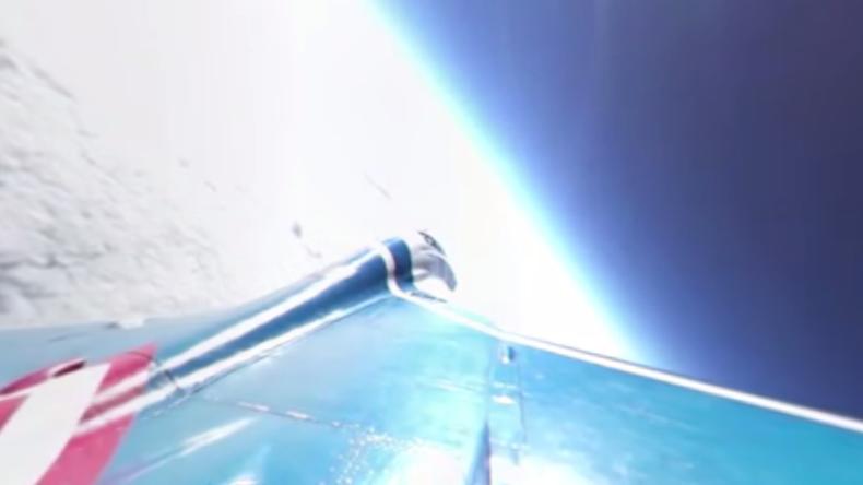 Erstes 360º Video einer MiG-29 in der Stratosphäre: 18.250 Meter hoch - 2.000 km/h schnell