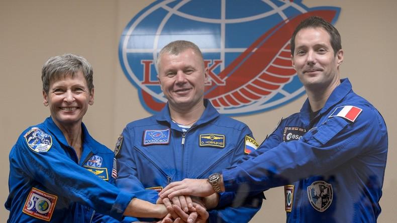 Sojus-Rakete mit drei Raumfahrern startet von Baikonur in Richtung ISS