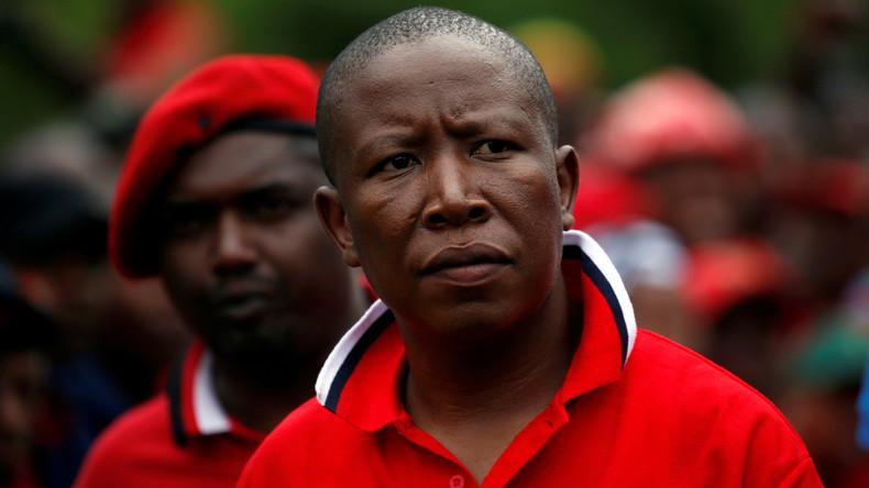 """Der Gründer der Partei """"Economic Freedom Fighters (EFF)"""", Julius Malema, bei einer Demonstration in Pretoria, Südafrika, 2. November, 2016"""