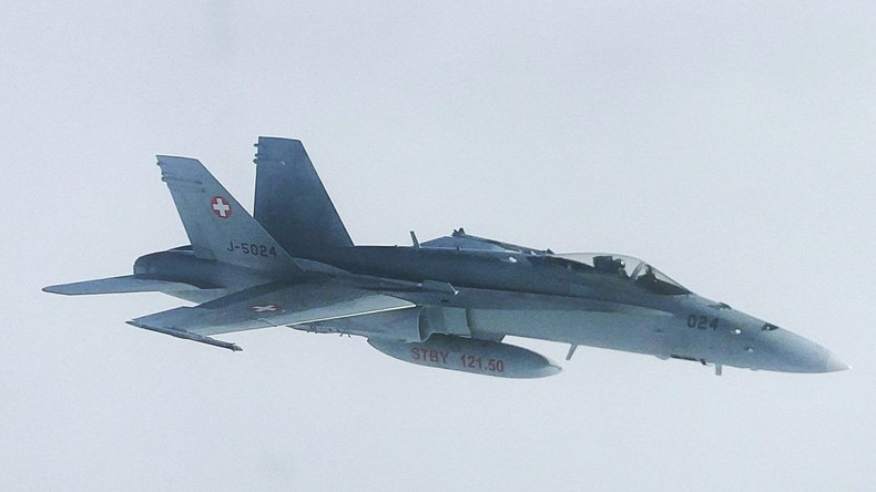 Schweizer Armee erklärt Eskortierung russischer Regierungsmaschine mit Standardverfahren