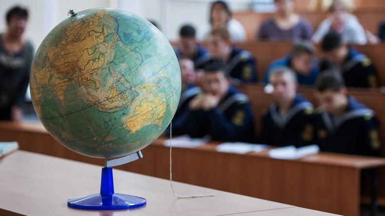"""Freiwillige Prüfung: Tausende Russen testen """"online"""" ihre Geographie-Kenntnisse"""
