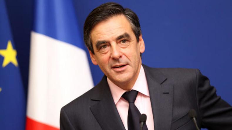 Vorwahl in Frankreich: Ex-Premier Fillon gewinnt, Sarkozy räumt Niederlage ein