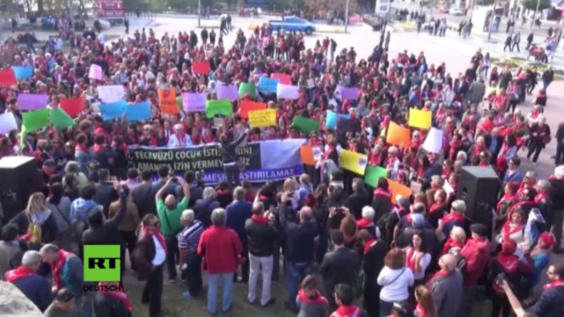 """Türkei: Protest gegen Gesetzentwurf - """"Dadurch werden Pädophile und Sexualtäter geschützt"""""""