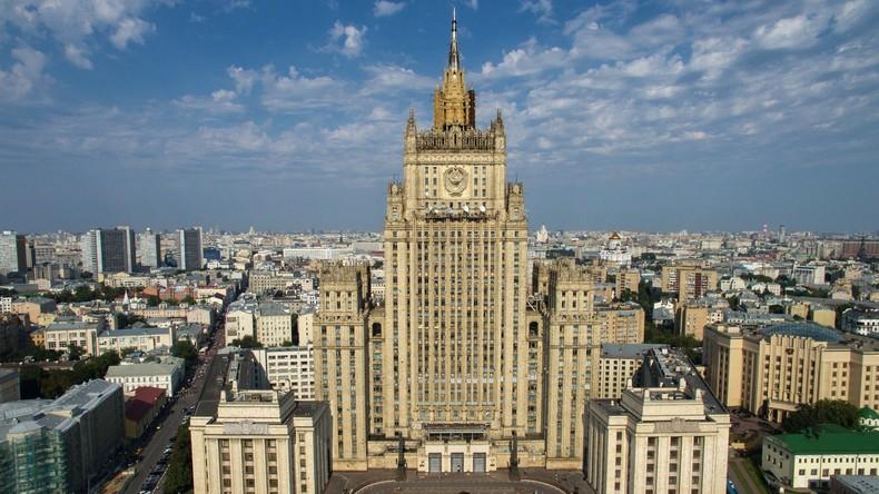 Russisches Außenministerium: Über 3.000 Russen kämpften an Seite von Terroristen in Syrien und Irak