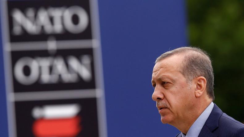 Türkischer Präsident Erdogan warnt: NATO-Staaten gewähren mutmaßlichen Putsch-Offizieren Asyl