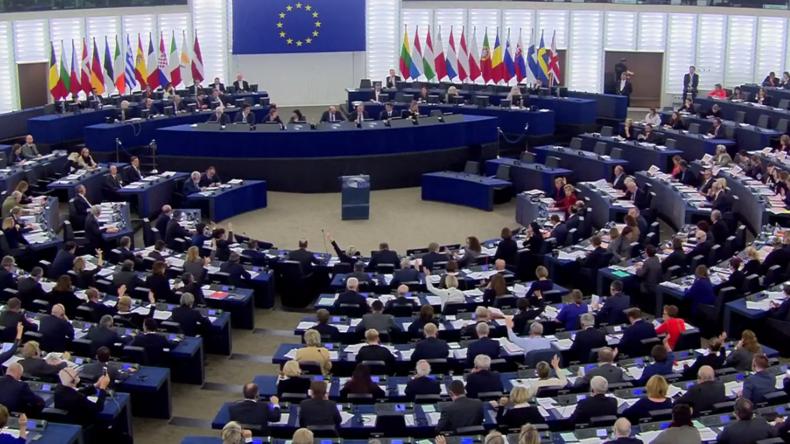 Live: Abstimmung über Resolution für EU-Gegenmaßnahmen bei russischer und IS-Propaganda