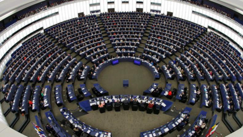 """EU-Parlament stimmt für Resolution, die zum Kampf gegen """"russische Propaganda"""" aufruft"""