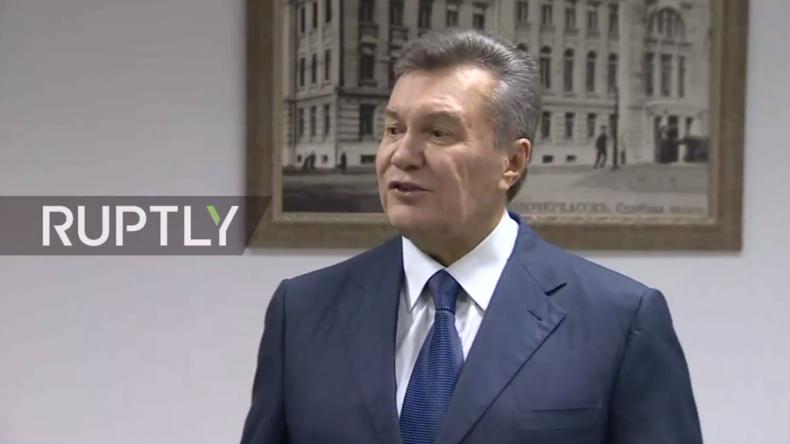 Live: Gestürzter ukr. Präsident Janukowitsch spricht zur Presse nach Anhörung zu Maidan-Schüssen