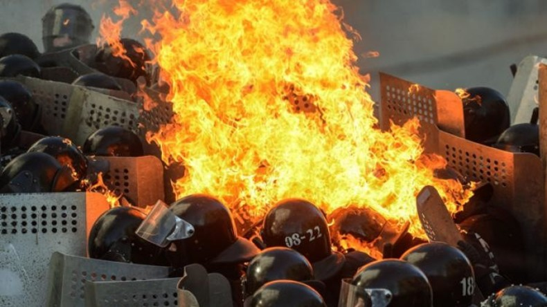 """""""Ukraine in Flammen"""": Oliver Stone seziert den Maidan-Putsch"""