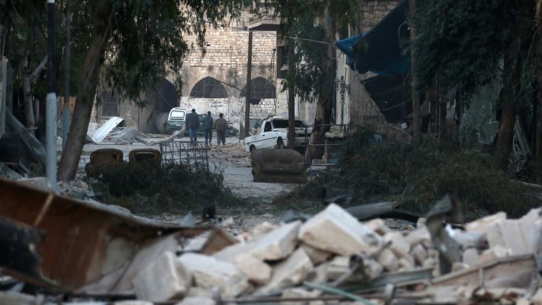 Aleppo: 42 Terroristen im Viertel Al-Qadsia geben ihre Waffen ab