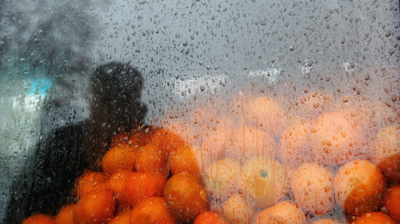 Diebstahl im Taxi: Fahrer soll Passagiere mit Mandarinen eingeschläfert haben