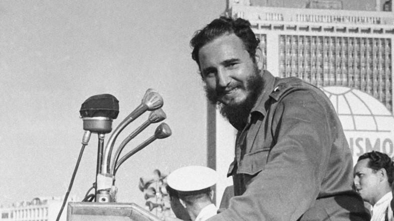 """""""Genosse und Bruder"""" - Die Völker des Trikont trauern um Fidel Castro"""