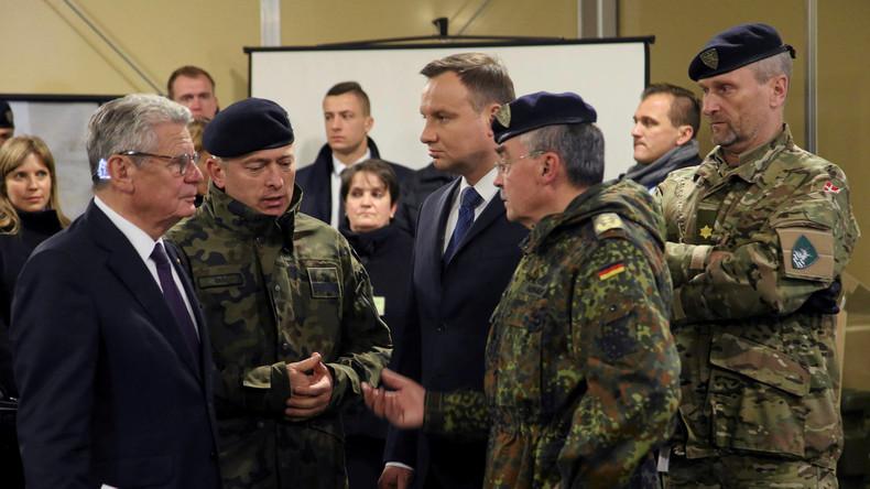 Präsidenten Deutschlands und Polens besuchen NATO-Kommandozentrale