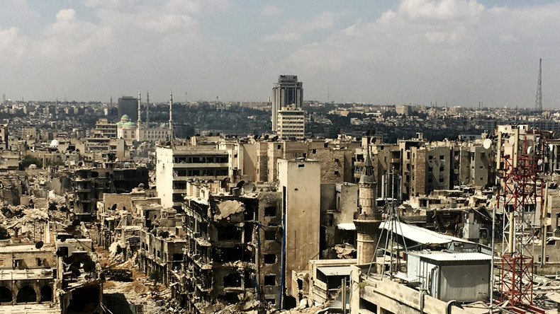 Fast 6.000 Zivilisten verlassen Aleppo