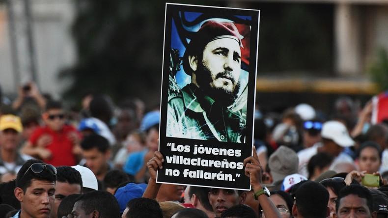 Eine Million Kubaner trauern in Havanna um Fidel Castro