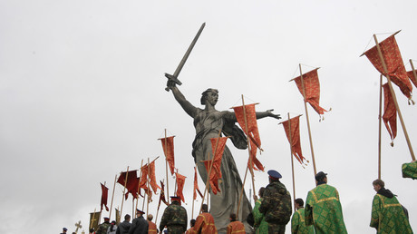 Die Mutter-Heimat-Statue auf dem Mamajew-Hügel in Wolgograd