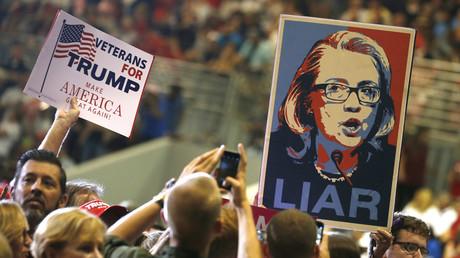 Hat nicht nur bei Trump-Fans ein verheerendes Image: die Kandidatin der Demokraten im Präsidentschaftsrennen, Hillary Clinton.