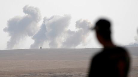 US-Luftwaffe bombardiert Mossul seit drei Tagen alle acht Minuten.