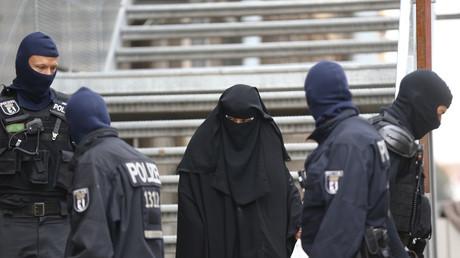 Gewaltlose religiös-fundamentalistische Vereinigung oder Durchlauferhitzer für den Dschihadisten-Nachwuchs? Das Bundesinnenministerium hält die Vereinigung