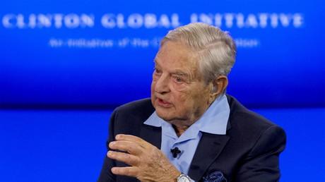 Der Milliardär George Soros als Gast bei der