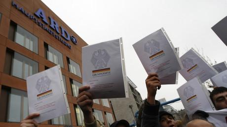 Protest vor dem ARD-Hauptstadtstudio