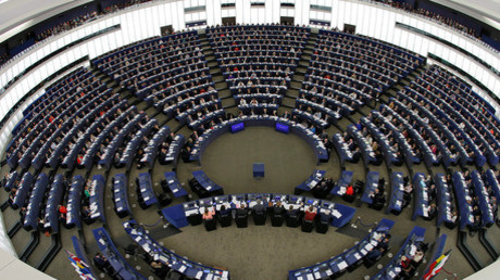 Bescheinigt der Informationspolitik der Russischen Föderation im Ausland eine hohe Effektivität: das Europäische Parlament.