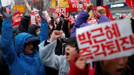 Proteste in Soul gegen die amtierende Präsidentin Eun Park.