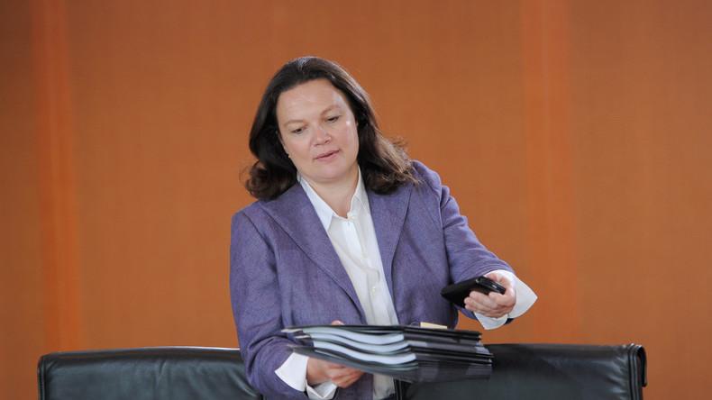 Neues aus den Unterklassen: Moderne Sklaven - Bundestag beschließt neuerlichen Sozialkahlschlag