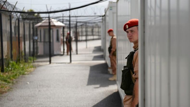 Russische Militärpioniere treffen auf syrischem Stützpunkt Hmeimim ein