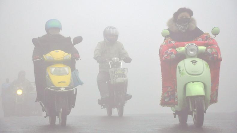 "Alarmstufe ""Orange"" wegen Smogs in Peking"