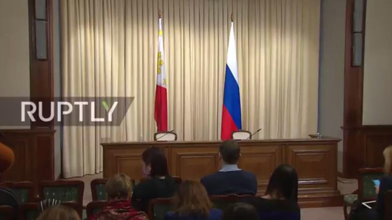 Live: Russischer und philippinischer Außenminister geben gemeinsame Pressekonferenz