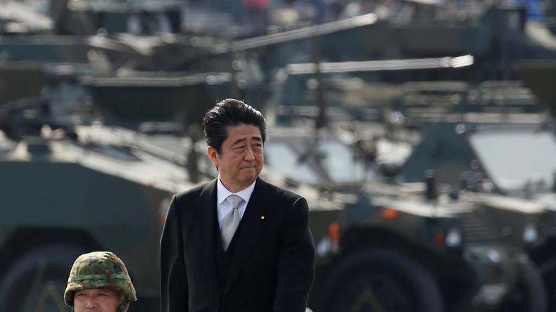 Von Obama gelernt: Gedenken, aber keine Entschuldigungen - japanischer Premier Abe in Pearl Harbor