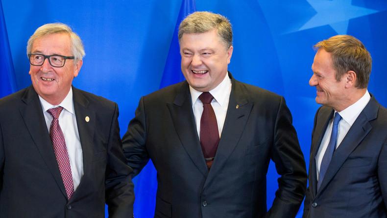 Der ukrainische Präsident Petro Poroschenko bei einem Treffen mit der Europäischen Kommission, mit Jean-Claude Juncker und Donald Tusk, im Rahmen des EU-Ukraine-Gipfel in Brüssel, 24. November 2016.