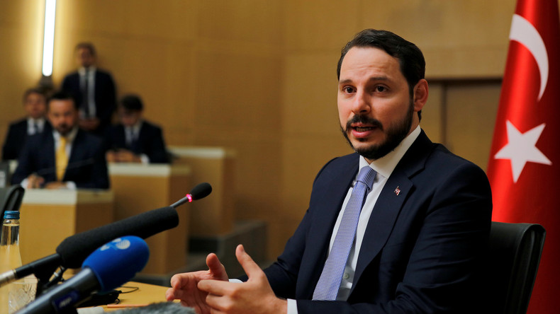 Wikileaks: Traf türkischer Minister Albayrak Entscheidungen bei IS-Handelspartner Powertrans?