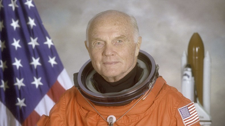 Erster Amerikaner, der die Erde umkreiste: Astronaut John Glenn ist tot